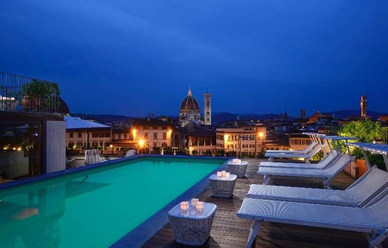 Grand Hotel Minerva - Pool - 21