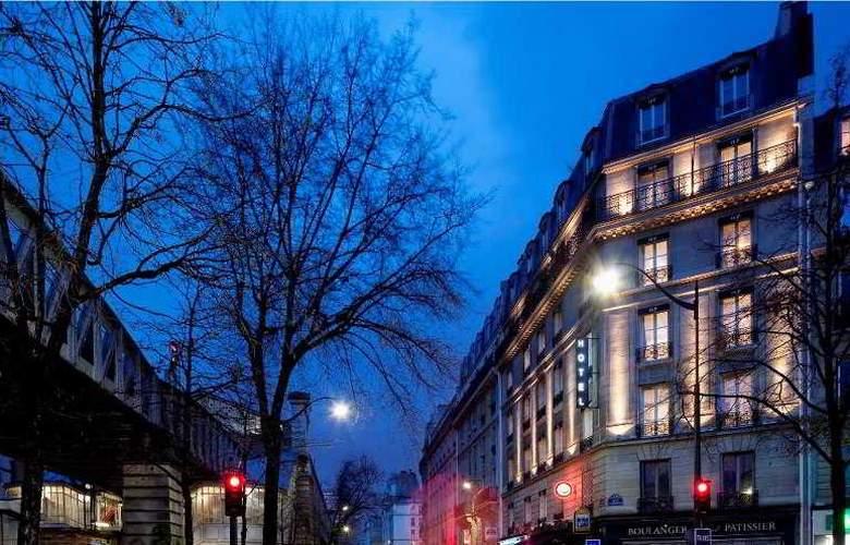 First Hotel Paris Tour Eiffel - Hotel - 0