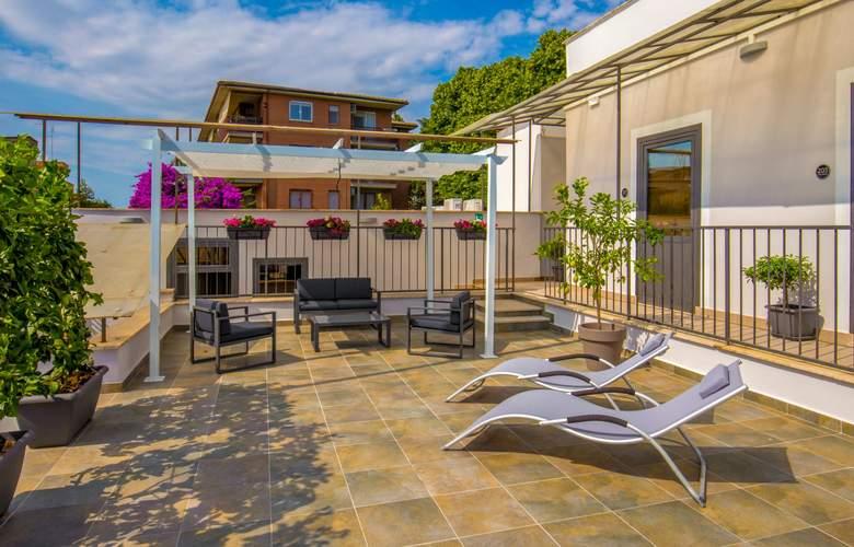 Urban Garden - Terrace - 4