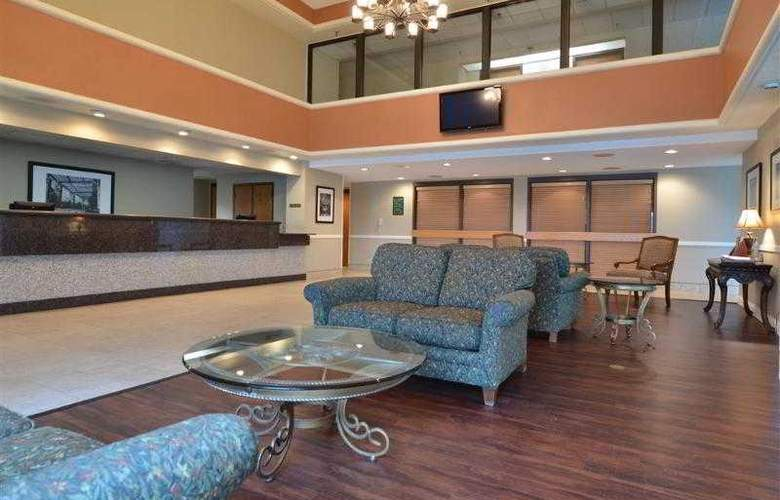 Best Western Plus East Towne Suites - Hotel - 15