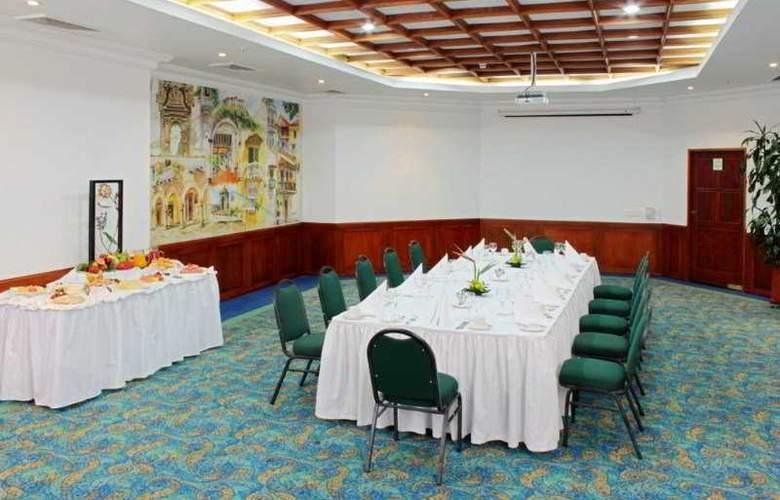 Almirante Cartagena - Conference - 11