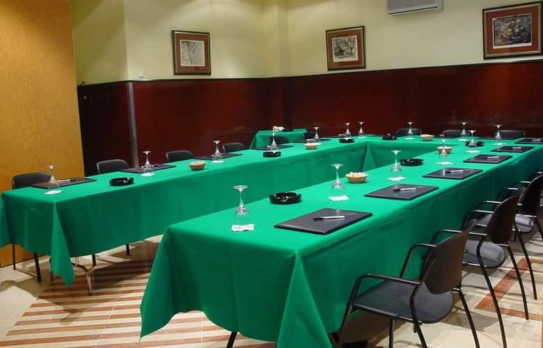 Hotel Sercotel Ciudad de Oviedo - Conference - 3