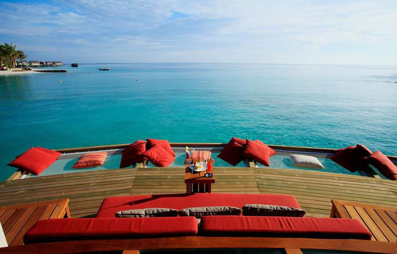 Centara Ras Fushi Resort & Spa Maldives - Bar - 18