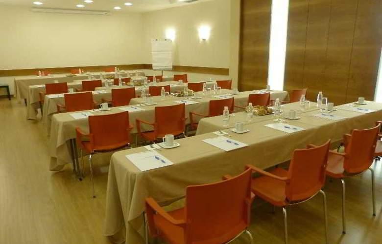 Condes de Haro - Conference - 3