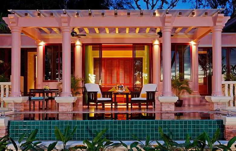 Centara Grand Beach Resort Phuket - Room - 25