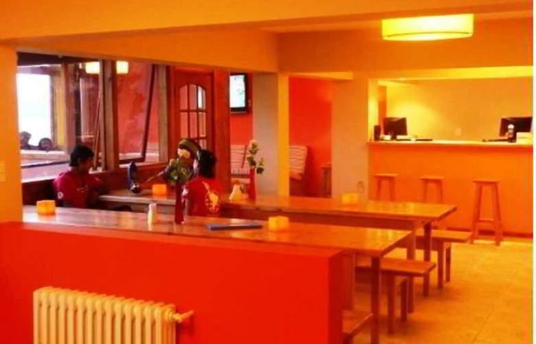Hostel Inn Bariloche - Restaurant - 2