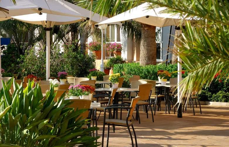 Oliva Nova Beach & Golf Resort - Terrace - 20