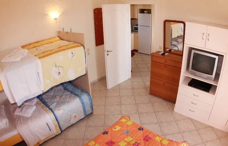 Panorama Fanari Studios & Apartments - Hotel - 20