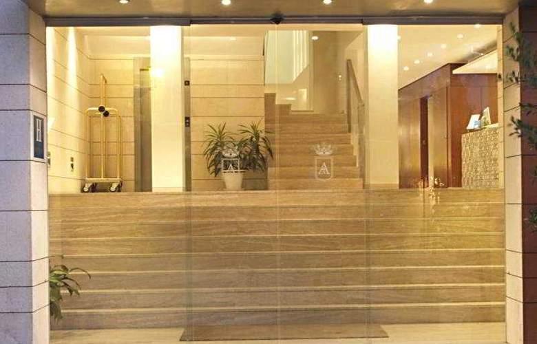 Rey Alfonso X - Hotel - 7