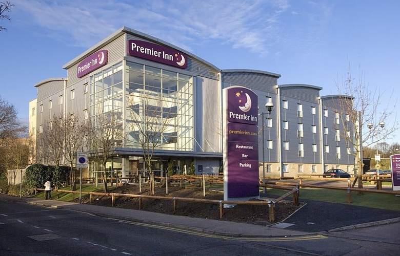 Premier Inn Watford Central - Hotel - 0