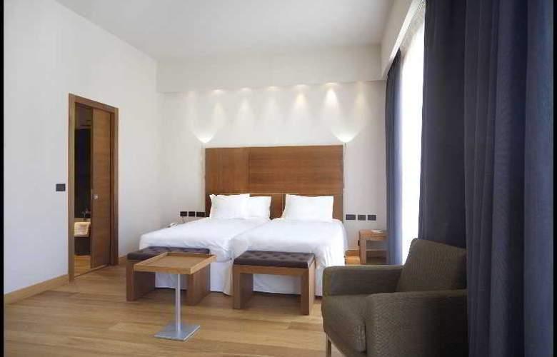 NH Torino Santo Stefano - Room - 8