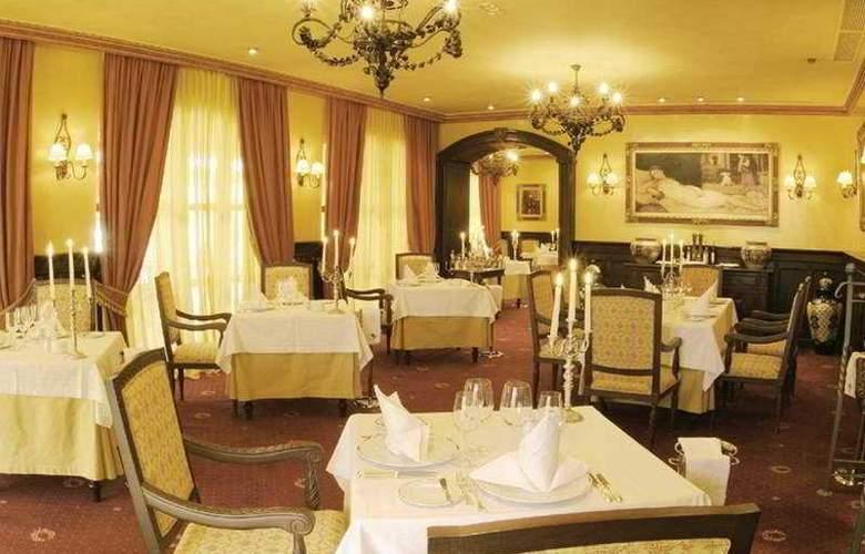 Europe Villa Cortes - Restaurant - 7