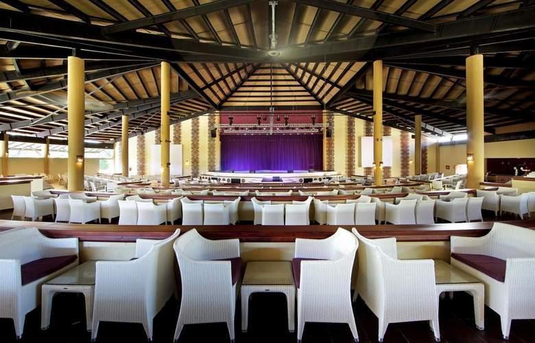Grand Palladium Punta Cana Resort & Spa  - Services - 6