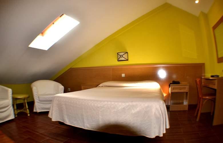 Vivar - Room - 2