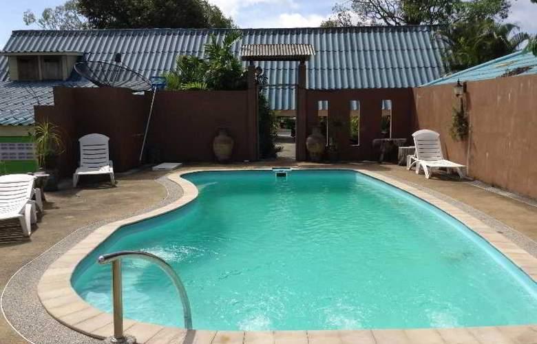 Krabi Romantic House - Pool - 15