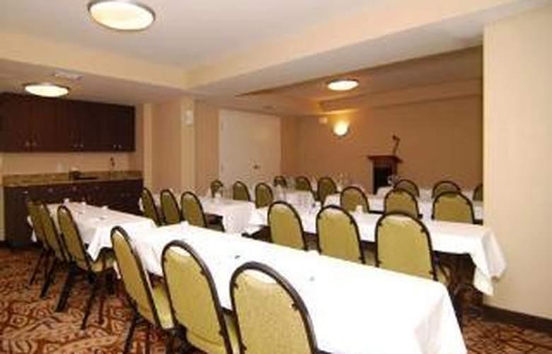 Quality Inn & Suites Near Fairgrounds Ybor City - General - 3
