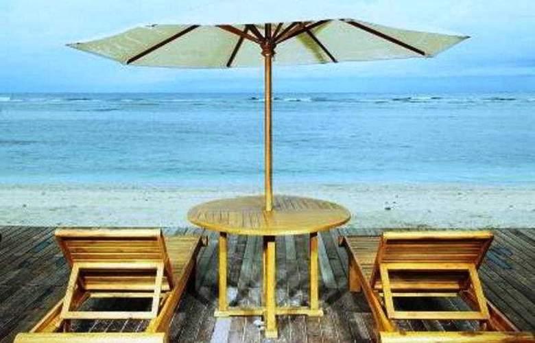 Aston Sunset Beach Resort - Gili Trawangan - Pool - 9
