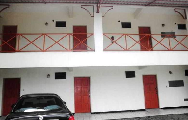 Sundeck Suites - Hotel - 7