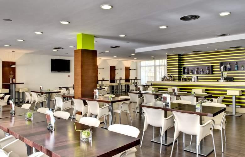 Alcudia Garden Aparthotel - Bar - 4