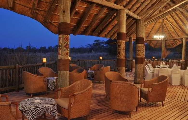 Mabula Game Lodge - Terrace - 3