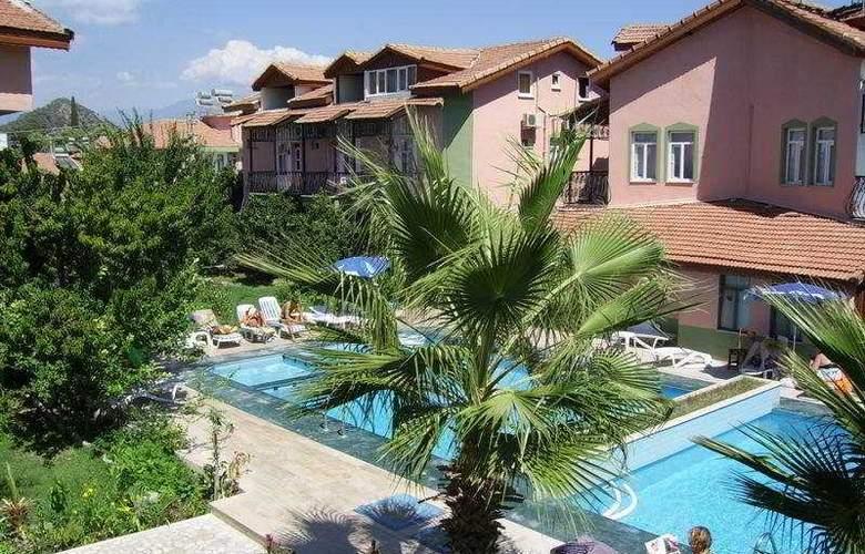 Villa Ozalp - Hotel - 0