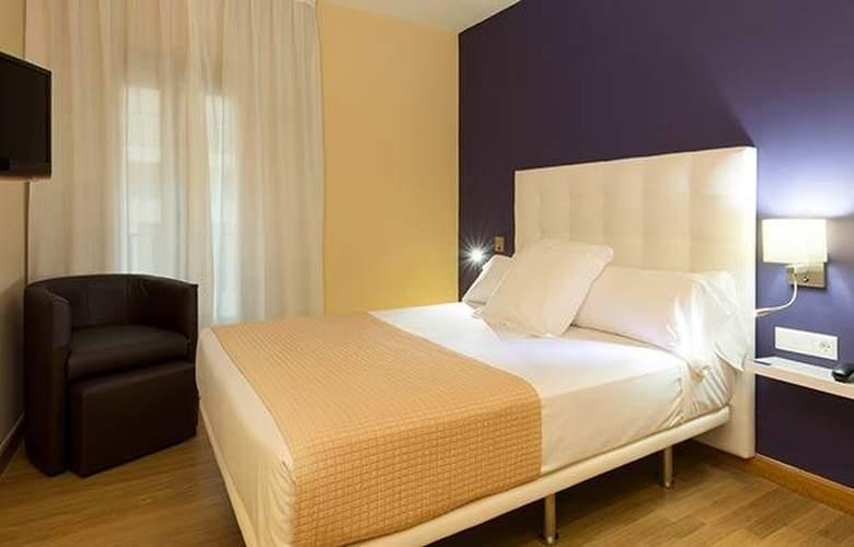 Tryp Ciudad de Alicante - Room - 16