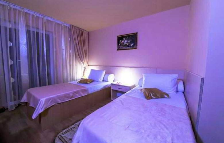 Caraiman Hotel - Room - 19