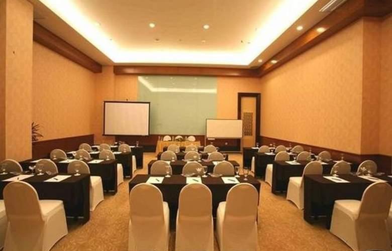 Swiss-Belhotel Maleosan Manado - Conference - 2