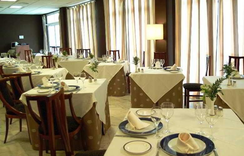 Arnoia Caldaria Hotel Balneario - Restaurant - 5