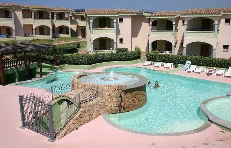 Nyce Sport Club Village - Pool - 4
