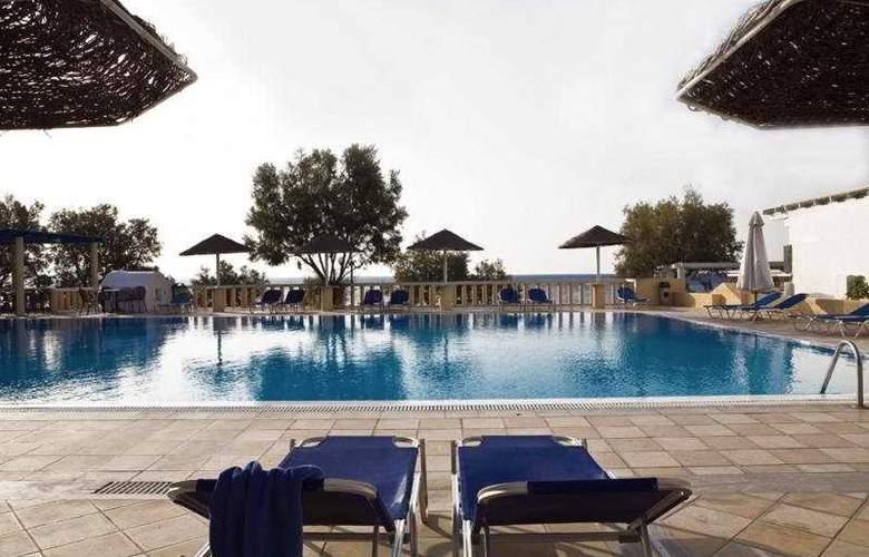 Kamari Beach - Pool - 0