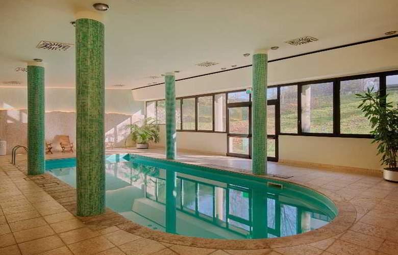 NH Bologna Villanova - Pool - 24