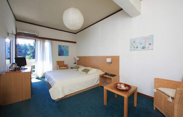 Dioscouri - Room - 2