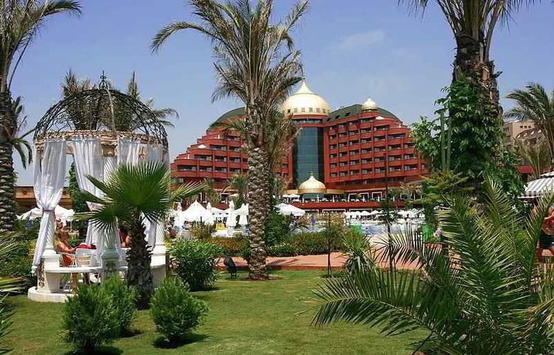 Delphin Palace - Hotel - 0