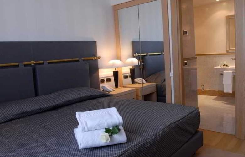 Grand Hotel Duca Di Mantova - Room - 18