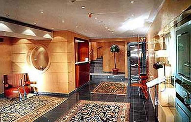 G.R Louis - Hotel - 0