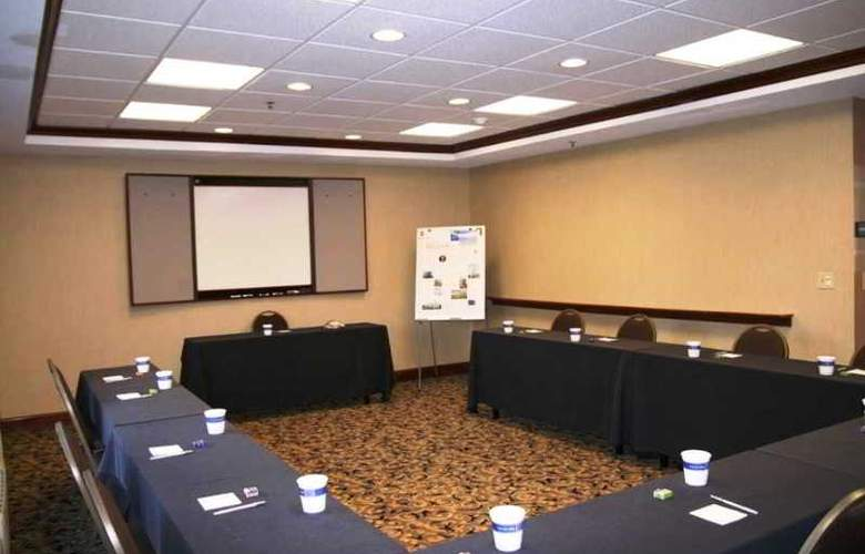Hampton Inn Albany-Wolf Road (Airport) - Conference - 6
