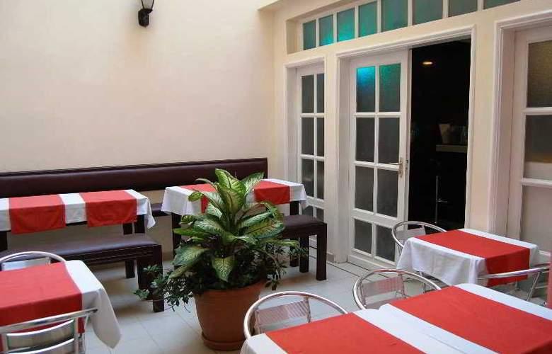Sargal Airport Hotel - Restaurant - 4