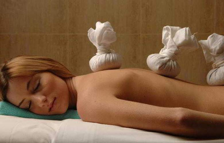 Grande Real Santa Eulalia Resort & Hotel Spa - Sport - 32