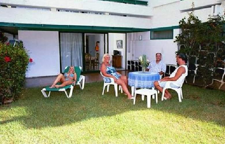 Maba Playa - Terrace - 2