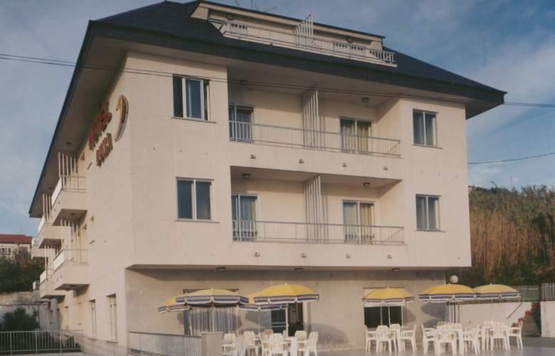 Duna - Hotel - 0