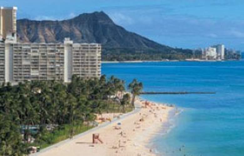 Castle Waikiki Shore Beachfront - Beach - 5