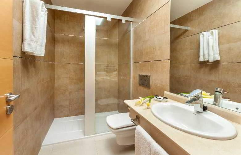 Klayman Diamond Aparthotel - Room - 11