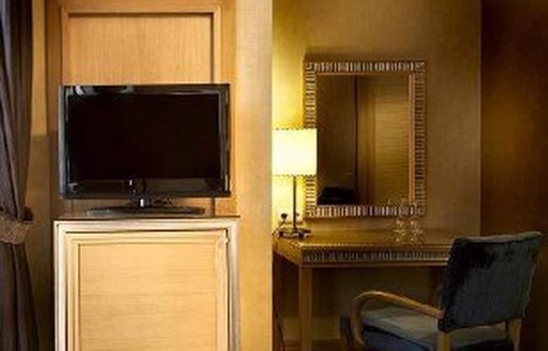 Villa Zurich - Room - 3