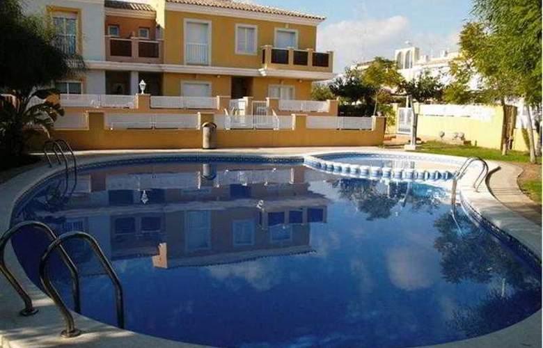 Adosados Alcocebre Suite 3000 - Hotel - 8