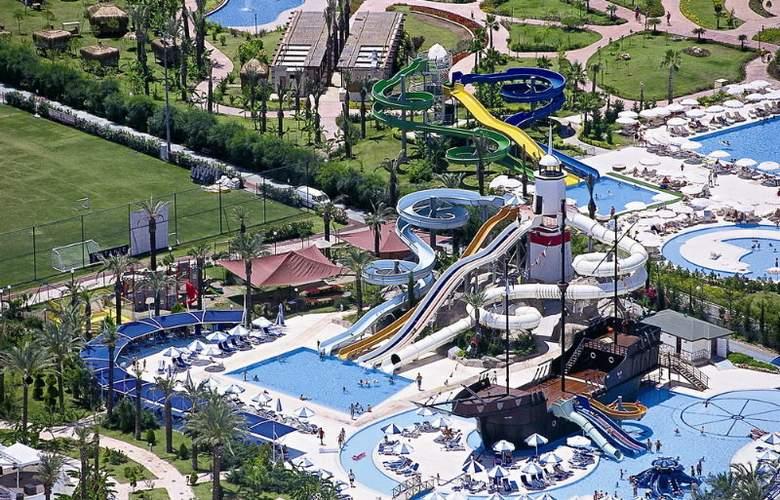 Titanic Beach & Resort De Luxe Hotel - Pool - 5