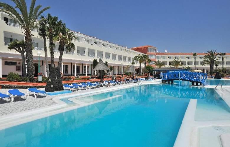 Globales Costa Tropical - Pool - 29