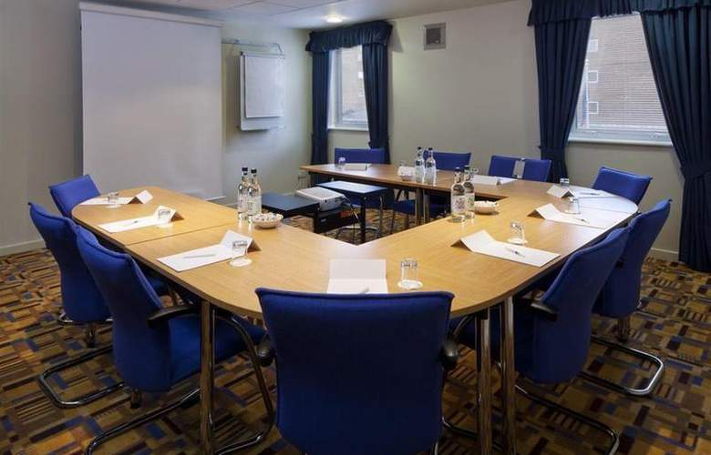 Holiday Inn Express London Limehouse - Conference - 4