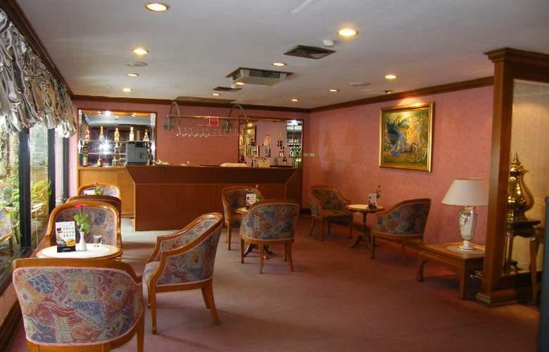 Grande Ville Hotel - Bar - 3