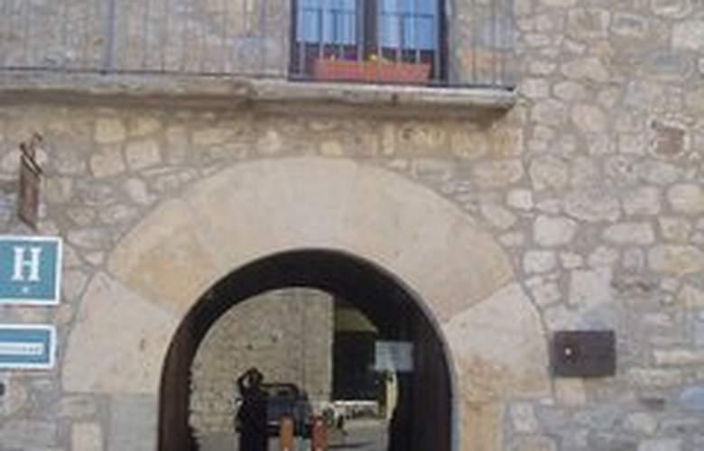 De La Rovira - Hotel - 0